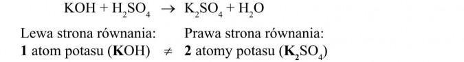 Lewa strona równania, prawa strona równania. 1 atom potasu, 2 atomy potasu.
